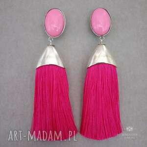 różowe kolczyki sztyfty pędzelki z chwostami fuksjowymi