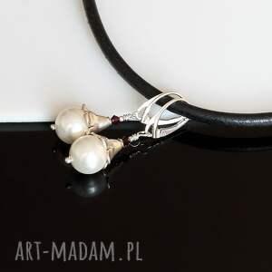 niekonwencjonalne kolczyki perły seashell -