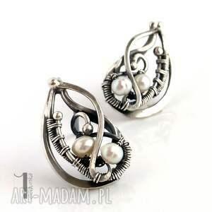 niekonwencjonalne kolczyki srebro sorbus z perłą i srebrne