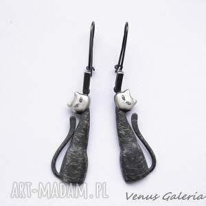 ręcznie zrobione kolczyki biżuteria srebrne - czarne koty na