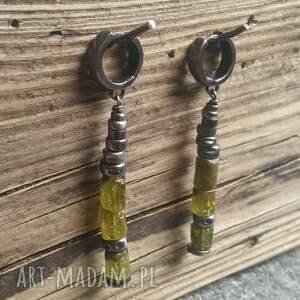 granat-zielony kolczyki srebrne z zielonym