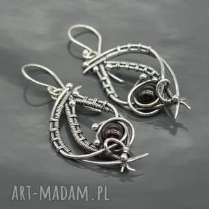 kolczyki srebrne-kolczyki srebrne z granatami, wire