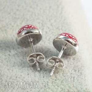malutkie srebrne małe kolczyki wkrętki