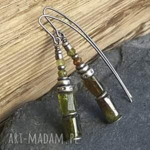 srebro-granat kolczyki srebrne z zielonymi