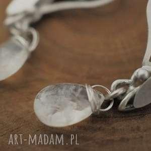 białe srebro srebrne kolczyki leśne driady