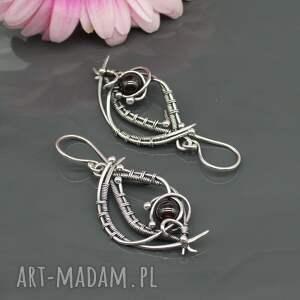 kolczyki wire-wrapping srebrne z granatami, wire