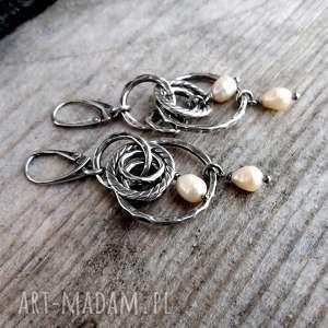 wyraziste boho srebro i perły - kolczyki
