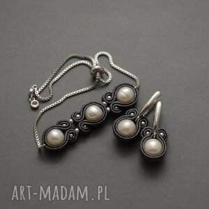 białe kolczyki sutasz z perłami