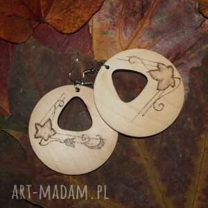 ręcznie robione kolczyki jesień trójkąty jesienne - drewniane