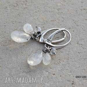 białe kolczyki srebro trzy kamienie księżycowe