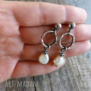 wiszące kolczyki z perłami - srebro