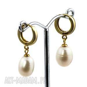 wyraziste perły kolczyki z perłami
