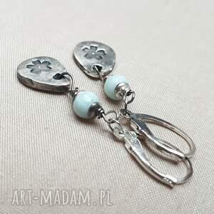 oksydowane proste kolczyki ze srebra i kuleczek pięknego