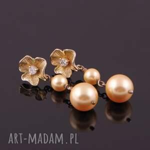 złote kolczyki kwiaty kwiaty-kolczyki z pereł