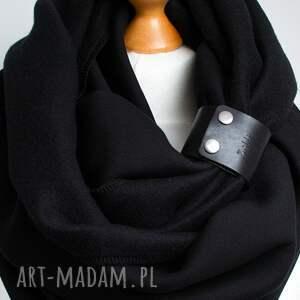 Pracownia Zolla czarny gruby komin tuba szal zimowy z zapinką, paskiem, pomysł na prezent dla szalik