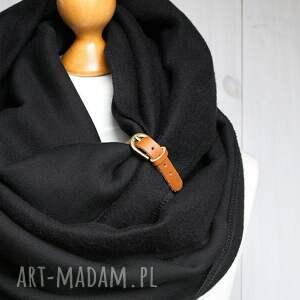 czarne kominy komin czarny zimowy z zapinką