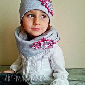 niepowtarzalne kominy czapka kompet dla dziewczynki