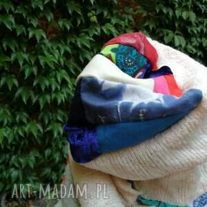 ręcznie wykonane kominy zima komplet damski kolorowy zimowy