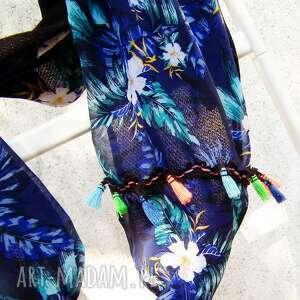 szal kominy niebieskie szyfonowy w hawajskie kwiaty
