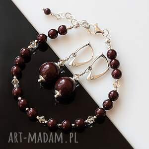 intrygujące perły maroony - komplet