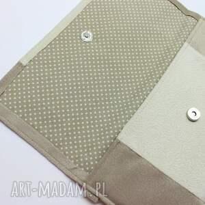 beżowe elegancka kopertówka - beż i środek