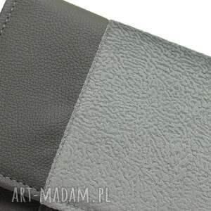wyraziste elegancka kopertówka - szara