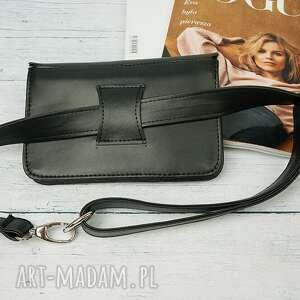 torebka kopertówki czarne manzana elegancka kopertówka nerka
