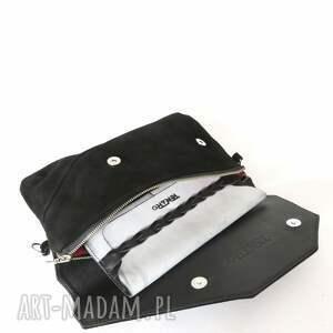 handmade rękodzieło torebka zamszowa czarna