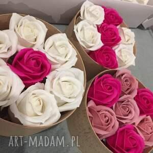 kosmetyczki oryginały prezent. box kwiaty