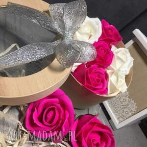 kosmetyczki mydełko oryginały prezent. box kwiaty