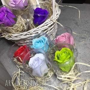 Mira flowers93 kosmetyczki prezent