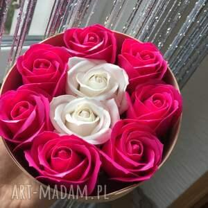 prezenty na święta super box kwiaty z mydła