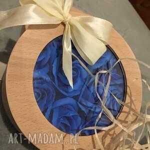 Mira flowers93 prezenty na świętaSuper box kwiaty z mydła - mydełko pod choinkę box z-mydełkami