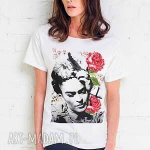 ręcznie zrobione koszulki oversize frida flower t-shirt