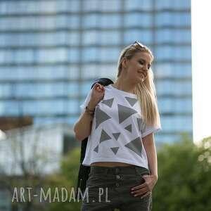 atrakcyjne koszulki biała t shirt - koszulka triangle mess