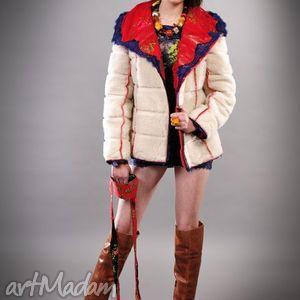 czerwone folk kurtka design
