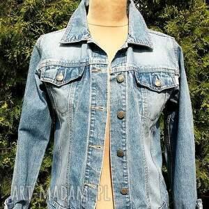 kurtki kurtka jeansowa z białą koronką