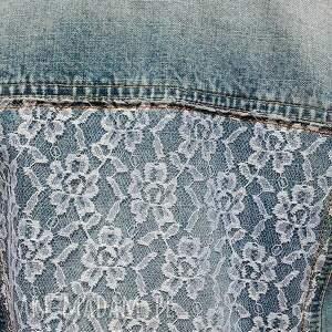 niebieskie kurtki kurtka jeansowa z białą koronką