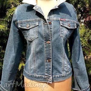 recykling kurtki jeansowa kurtka z kwiatem
