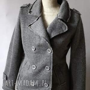 intrygujące wełna kurtka wełniana filcem
