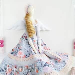 pomysły na upominki świąteczne lalka anioł tilda prezent na komunię