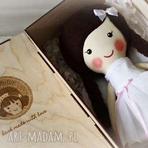 przytulanka lalki aniołek amelia w czekoladowych