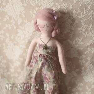 różowe lalki sweterek bajka w sweterku - melancholia