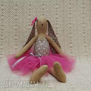 oryginalne lalki królik baletnica beżowy kwiatuszek