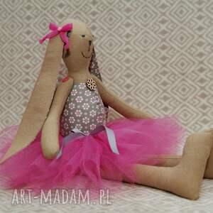 różowe lalki królik baletnica beżowy kwiatuszek