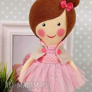 wyraziste lalki lalka baletnica w pudrowych odcieniach