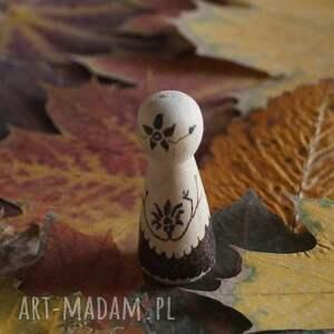 brązowe lalki kokeshi chiński kwiat - ręcznie wypalana