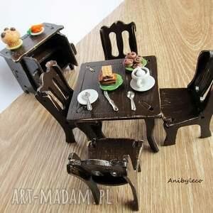 eleganckie lalki mebelki drewniane dla lalek