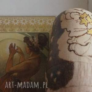 AksiniCoffeepainting Gwiaździste Noce Muchy - ręcznie wypalana drewniana matrioszka gwiazdziste