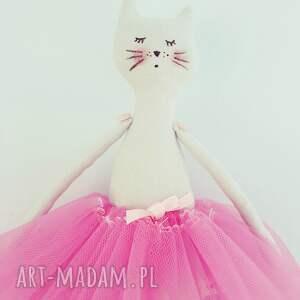 fioletowe lalki kotek kot baletnica w tiulach